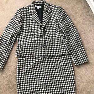 VINTAGE Petite Sophisticate Jacket & Skirt
